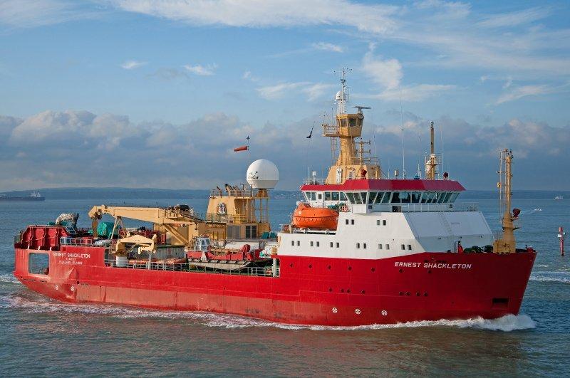 Seafarers on Rss Shackleton